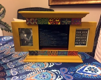 """Hand Painted Bohemian Wood Gold Three Picture Frame With Sliding Doors 13.5""""W8""""Hx1""""D  Picture 2""""x3"""",   4""""x6"""" F0064"""