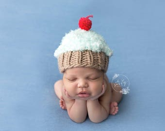 Newborn size cupcake hat,pink,blue,boy,girl,photo prop,gift,coming home,ready to ship