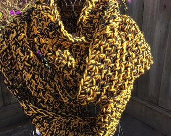 Cawl Crocheted Handmade Scarf, scarf, infinity scarf, crochet scarf, Hornets, Football scarf, hornets football scarf, hornets scarf,