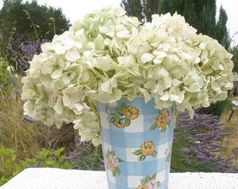 Dried hydrangea flowers- 12 ivory/white/light green - long stems- cottage chic wedding- antique look