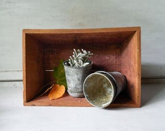 Vintage wood box planter and garden bench organizer / storage crate and table centerpiece /0585