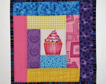 "Quilted Cupcake Pot Holder, Quilted Fabric Hot Pad, Modern Log Cabin Quilted Trivet, 9.5""x9.5"", Quiltsy Handmade"