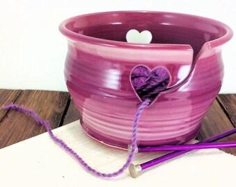 Pottery yarn bowl, ceramic yarn bowl, yarn bowl, bowl for knitting, bowl for yarn, clay yarn bowl, bowl for crochet, chunky yarn, pottery