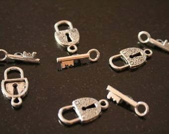"""14 """"toggle"""" in antique silver clasps. (ref:1121)."""