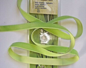 "10 Yards Cameo SPRING GREEN Velvet RIBBON 3/8"" ~ 5/8"" Spool German Rayon Vintage Lampshade/Purse/Millinery/Trim/Light Green/Easter/Dress/Bag"