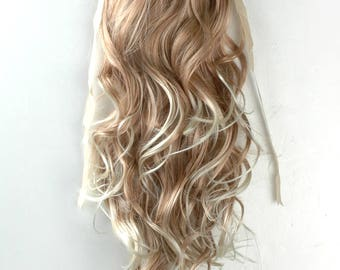 Beige Mix Long Curly Wavy  clip on Ponytail hair extension Cosplay Custome Party Carnival Cheerleader x 1 piece New Halloween