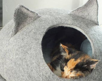 Cat bed/cat cave/cat house/Gray with light Gray  felted cat cave/ any сolors (With GIFT cat toy)