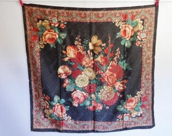 Vintage floral flower Paisley scarf 83cm x 86cm