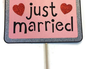 Photo Booth Props-Wedding Photo Booth -Just Married Sign with Glitter