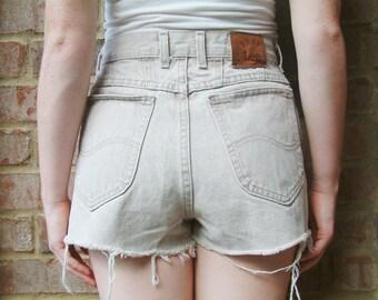 Lee Vintage Denim High Waisted Shorts - Sand / Tan - S