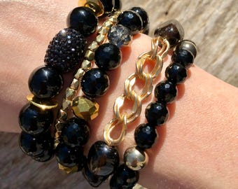 Black and Gold Bracelet Stack / Beaded Bracelet / Stackable bracelet / Stretch bracelet
