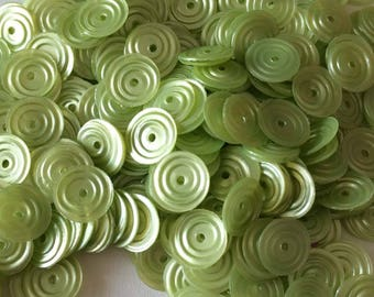 Circular sequin satin color chartreuse 8 mm in bulk