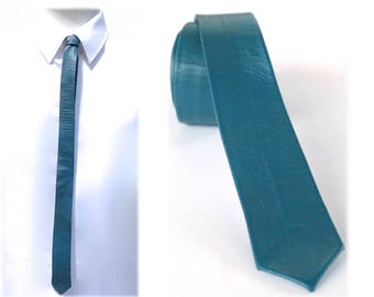 Vintage Teal Leather Skinny Tie, Made in Canada, Solid Blue Green Necktie, Trending Accessories, Hipster Rockabilly New Wave 80s Fashions