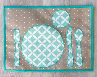 "mantel individual plastificada ""Montessori"" para poner la mesa solo"