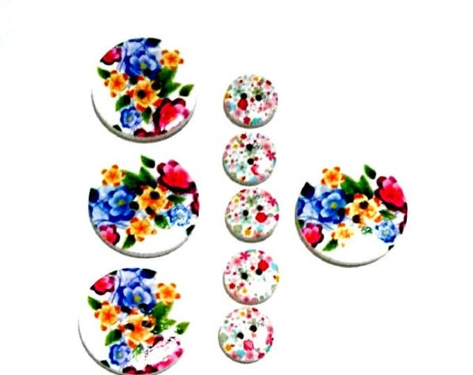9 Assorted Mixed Buttons ain colour blue