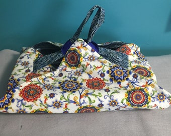 Reversible Insulated Fabric Casserole Carrier Blue/Red/Yellow Pattern on White Background/Blue Batik Pattern