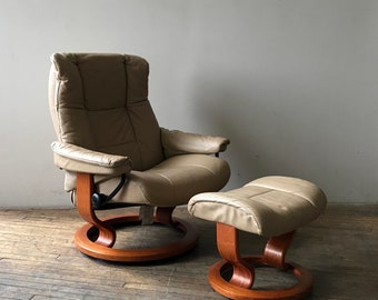 Ekornes Stressless Leather Danish High-End Recliner Chair Like-New!!!