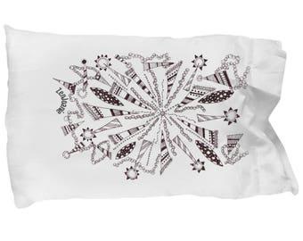 "Zentangle Pillow Case - B/W Tangle Art  Pillow Case hand drawn by Zenjoanie - ""Centered"""