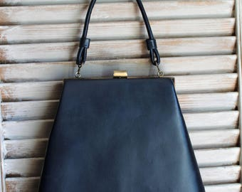 Vintage. Dark/Blue/gloss/fake leather. Gold/clutch. Handbag. Handle. 1950s/1960s. Very cute bag!