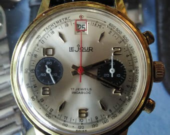 Rare le jour chronograph manual wind venus 188 gold plated