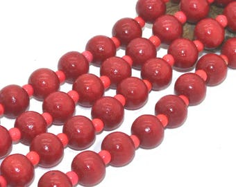 1 strand of 100 08mm red wood beads
