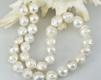 16.6 inch Kasumi White FRESHWATER PEARL STRAND 435 cts. Nucleated Baroque China