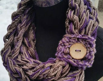 Chunky Scarf, Free Shipping Infinity, READY TO SHIP, Purple, Eggplant, Chunky infinity, Infinity Snood, knit Neck Warmer, Purple Scarf cowl