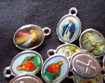 """Catholic Medals, Charms, 30 Mini, 3 Larger, Gorgeous Together, Small are 1/2"""" and Larger ones are 1"""", Various Pictures on Them, FREE SHIP"""