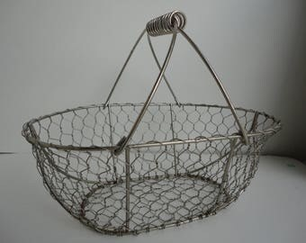 Chicken Wire Basket With Handle, Decorative Basket, Country Display, Egg  Basket, Country
