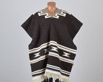 SALE 1970s Blanket Poncho 70s Mexican Poncho Fringe Blanket Poncho 1970s Fringe Poncho 70s Hippie Poncho Mexican Blanket Poncho Serpico Sera