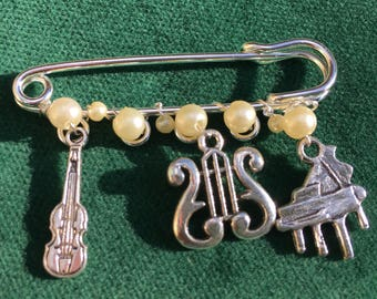 """The Classical Musician Kilt Pin Brooch-2"""" Silver Plated Pin and Charms"""