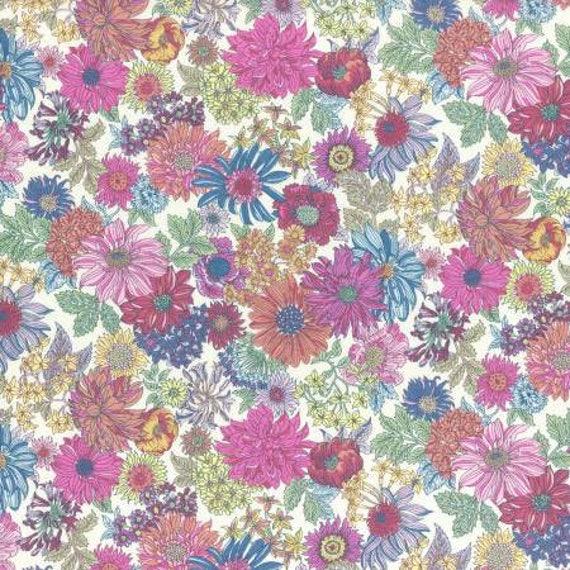 Lecien Memoire A Paris LAWN - Fat Quarter in Mixed Colour Floral