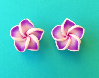 "Fun in the Sun Collection - ""Pretty Plumeria"" Earrings Tiki Hawaiian Themed - Purple and White"