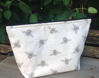 Large bumble bee linen wash bag cosmetic bag bathroom storage travel bag