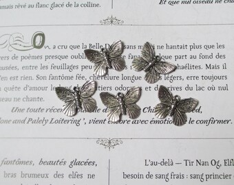 set of 5 pretty silver Butterfly charms