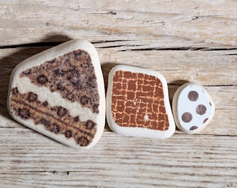 Sea Pottery / 3 pieces / Italian Genuine Patterned Brown Sea Tiles for Collection, Jewelry and Mosaic / Beach Pottery (sp-0003-11)
