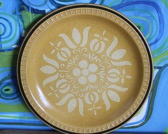 Vintage 1970's  Stoneware  Dinner Plate- japan- Pueblo