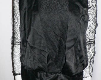 ON SALE Lovely 1920's Flapper  Dress Black Silk and Lace