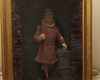 Antique framed shadowbox British Beefeater plaster statuette circa 1890s