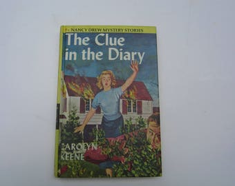 Nancy Drew The Clue in the Diary 1970s, Nancy Drew Number 7, Nancy Drew vintage book, 1970s Nancy Drew book, Nancy Drew mystery Clue Diary