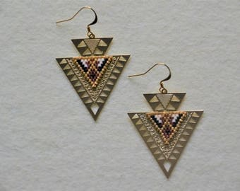 Dangle ethnic earrings - Brown and gold