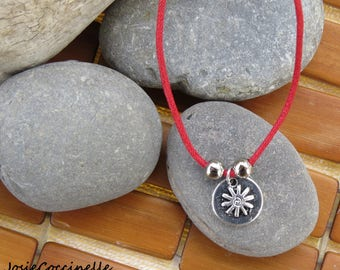 Red short necklace style Bohemian Friend reversible Locket