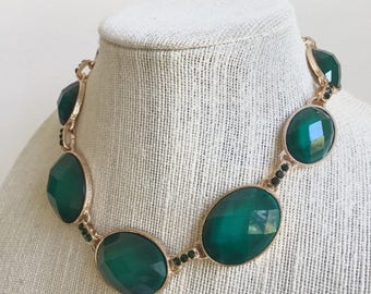 Necklace and Earrings set, Emerald green, Bib Necklace, Oval glass beads, crystals, gift for her.