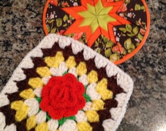Pair Of Hot Pads/Hot Mats for the Country Kitchen