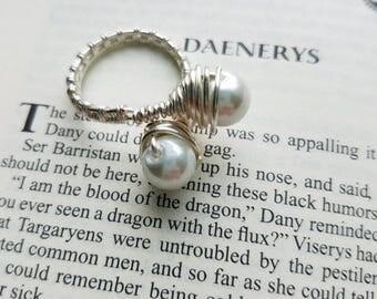 Khaleesi Pearl Ring- Daenerys Targaryen Inspired