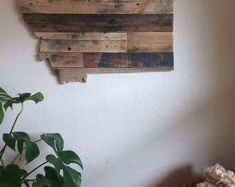 Montana State Sign   Reclaimed Wood   Pallet Sign   Home Decor   Wall Art   Rustic Decor   Barn wood  