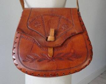 Tooled 70s Vintage Leather Shoulder Bag