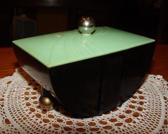 Beautiful GE Art Deco green & black plastic - bakelite trinket dresser / jewelry box, modern chrome feet