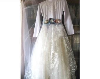 Girls boho bridesmaids dress/white ivory gypsy dress/cute dress