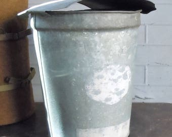 Maple Syrup Bucket / Vintage Galvanized Bucket with Domed Lid / Authentic